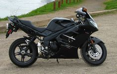 Triumph Sprint ST in black :-)
