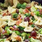Broccoli never tasted so good! Raw broccoli can be totally boring but when you toss it into a saladwith cheese and baconincredible things just happen! I'