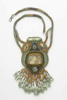 Donna Faye: Jewelry/Beadwork - Donna Is a first time artist on the Turtle tour