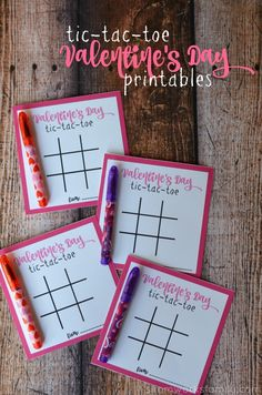 These Tic Tac Toe Valentines Day Printables are great for preschoolers and grade schoolers! Plus? No candy! AD