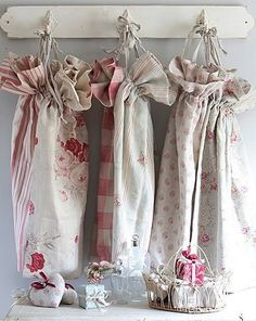 laundry bags by kate forman white washed cottage Shabby Home, Shabby Chic Farmhouse, Shabby Cottage, Shabby Chic Decor, Cottage Chic, Cottage Style, Kate Forman, What A Nice Day, Perfect English