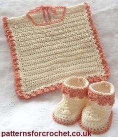 Free baby crochet pattern bib and booties usa