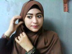 #1 Hijab Tutorial - Natasha Farani - YouTube