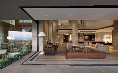 Extraordinary Dream Desert Oasis in Arizona: Spectacular modern home embraces the desert landscape
