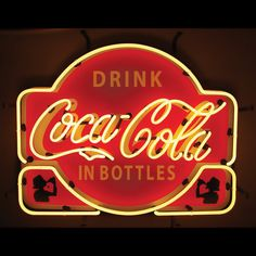 America s most beloved soda brand in the bright lights! This old fashioned neon sign features the famed soda, and is the perfect addition to your home bar, garage, game room, or man cave. Casting a...