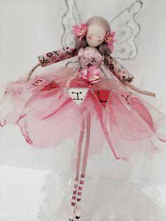 Large Fairy Seated with Personalised by FabulousFairyFactory Christmas Fairy, Christmas Crafts, Christmas Ornaments, Clothespin Dolls, Fairy Doors, Flower Fairies, Little Doll, Fairy Art, Felt Dolls