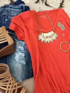 Distressed Jean/simple t/gold jewelry/gladiators