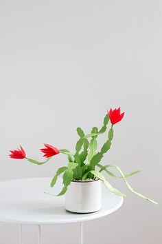 DIY Paper Christmas Cactus