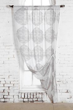 Magical Thinking Medallion Curtain #urbanoutfitters