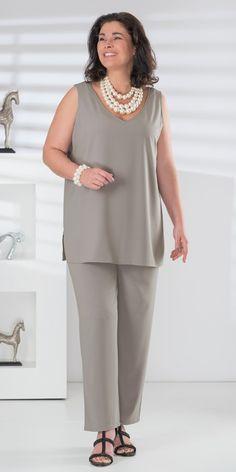 Box 2 silver crepe vest and trouser