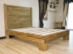 Decorate your room in a new style with murphy bed plans Solid Wood Platform Bed, Diy Platform Bed, Queen Platform Bed, Platform Bedroom, Best Murphy Bed, Murphy Bed Ikea, Murphy Bed Plans, King Beds, Queen Beds