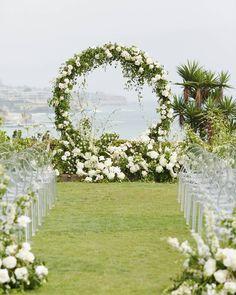 22 New Ideas For Wedding Design Ideas Decor Ceremony Arch Wedding Ceremony Ideas, Wedding Arbors, Ceremony Backdrop, Ceremony Decorations, Wedding Wreaths, Wedding Flowers, Wedding 2017, Dream Wedding, Summer Wedding