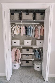 Sweet baby girls nursery closet design with Ikea curtains - Kids Room Ideas Nursery Closet Organization, Organization Ideas, Baby Wardrobe Organisation, Organize Nursery, Diy Rangement, Girl Nursery, Nursery Room, Nursery Ideas, Project Nursery