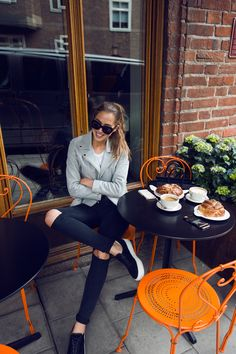 """""""Can u spot those huge cinnamon buns? 🙈 by kenzas"""" Lunch Date Outfit, Date Outfit Casual, Date Outfits, Casual Outfits, Spring Outfits, Fashion Mode, Fashion Outfits, Photoshoot Inspiration, Style Inspiration"""