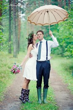 wedding wednesday: it's like rain on your wedding day