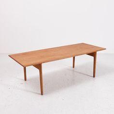 MK4040  Felújított dán téglalap alakú natúr tölgy dohányzóasztal /// Restored Danish oak coffee table  Tervező /// Designer: Hans J. Wegner, 1963 Gyártó /// Producer: Andreas Tuck  Méretek /// Dimensions: 150x49x60 cm  250.000.-Ft /// 835 EUR