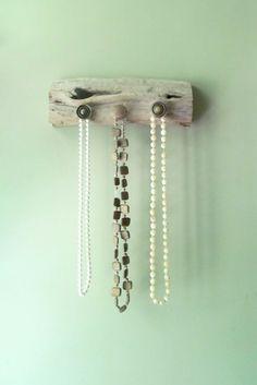 Driftwood and Antique Brass Knob Wall Hanging Rack, Beach Decor, Home Decor, Coat Rack, Jewelery Hanger