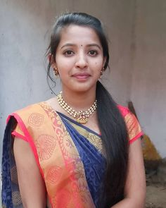 Indian Natural Beauty, Indian Beauty Saree, Beautiful Girl In India, Indian Girls Images, Cute Beauty, India Beauty, Beauty Women, 11 August, Snake Girl