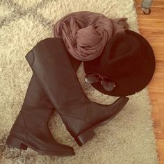 Black Leather Riding Boots Steve Madden Black Riding Boots. Worn a few times and In great condition Steve Madden Shoes Winter & Rain Boots