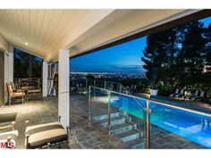 1625 Summitridge Drive, Beverly Hills, CA 90210 -