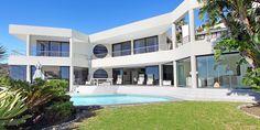 48 Sunset Avenue -  Une luxueuse villa de 4 chambres située à Llandudno, avec jardin, piscine et vue sur l'Océan Atlantique.
