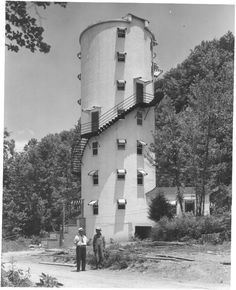 "Dr. W. A. Rogers' ""Silo House,"" located near Tellico Plains, Tennessee.  Date:	7/1/1954"
