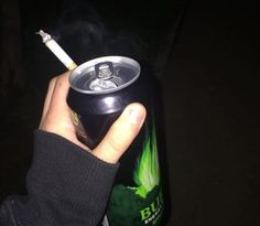 pinterest // efronxd Smoke Photography, Grunge Photography, Foto Snap, Rauch Fotografie, Cigarette Aesthetic, Alcohol Aesthetic, Smoke Pictures, 8bit Art, Sad Wallpaper