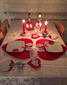 Birthday Room Decorations, Valentines Day Decorations, Valentines Diy, Romantic Room Decoration, Romantic Bedroom Decor, Romantic Dinner Tables, Romantic Dinners, Romantic Ideas, Diy Arts And Crafts