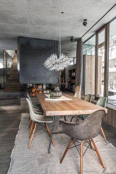 Mix of rustic and scandinavian dining room interior. | Ein Mix aus rustikalem und skandinavischem Esszimmer. #diningroom #esszimmer