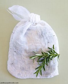 Tea bags for the bath for a no-mess spa session! Make your own with cheesecloth or get a pack of reusable drawstring sachet bags in our bulk herb section.