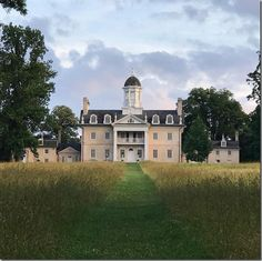 hampton mansion