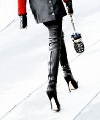 #Chanel #streetstyle overknee heels Haute Couture 2012 #OTK