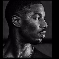 😍😍😍 Film Black Panther, Michael Bakari Jordan, Dark Skin Models, Handsome Black Men, Marvel Actors, Monochrome Photography, Black Boys, Baby Daddy, Marvel Cinematic