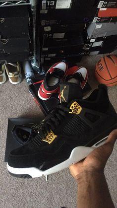 "Air Jordan Retro IV ""Royalty""  #AirJordan #Nike #NikeSportswear #RetroNike #RetroKicks #PersonalCollection #Sportswear #NiceKicks #Royalty #Kicks #iJustLikeShoes #NikeAir #Jordan #ComplexKicks #MJ #RetroJordans  #Jordan4 #LikeMike #TheGrails #TheShoeGame #Streetwear"