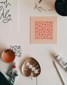 Wow - das Letter Love Design als Galeriedruck ist ab sofort @redbubble shoppable! Easy überall anzubringen mit mitgelieferten Klett-Klebe-Punkten - love it <3.