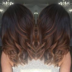 """Tiger Eye"" Hair Color Is the It Dye Trend For 2017 When it comes to subtle ombré fades and highlights on the hair, we've seen everything from balayage to tortoiseshell and ecaille take off. Tiger Eye Hair Color, Hair Color And Cut, Brown Hair Colors, Fall Hair Color For Brunettes, Brown Hombre Hair, Dark Fall Hair Colors, Hair Color Ideas For Dark Hair, Rich Hair Color, Cabelo Tiger Eye"