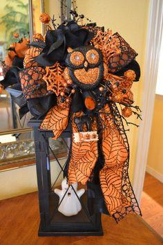 Glittered Owl Halloween Lantern Swag by kristenscreations on Etsy