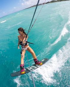 Surfing holidays is a surfing vlog with instructional surf videos, fails and big waves Sup Boards, Wakeboarding, Kitesurfing, Standup Paddle Board, Sup Surf, X Games, Burton Snowboards, Water Photography, Big Waves