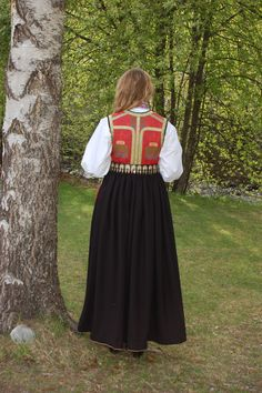 Going Out Of Business, Clothing Styles, Victorian Era, Norway, Renaissance, Midi Skirt, Folk, Costumes, Fashion Outfits