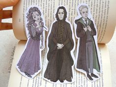 Illustration bookmarks inspired by Harry Potter saga. Avaiable characters in this listing: Draco Malfoy, Severus Snape and Bellatrix Lestrange.