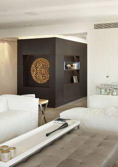 luxury apartment / Lev-gargir Architects #modern #living_room #interior design #wood_work