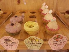Cupcakes @ Cremme Cupcakes