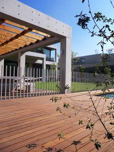 Casa Ovalle-Salinas by Jorge Figueroa Asociados