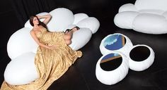 Cloud Shaped Couch - http://www.decorationhunt.com/architecture/cloud-shaped-couch/