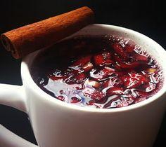 BEBIDA LIGHT - Frutas com Vinho Quente ou Suco de Uva - Para beber quente ou frio http://receitarapida24h.blogspot.com.br/2016/06/bebida-light-frutas-com-vinho-quente-ou.html