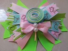 Lazo animalitos verde rosa y celeste! // baby blue, pink and green littles animals bow!