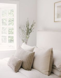 A Nature-Inspired Modern + Vintage Cozy Abode — The Inspired Abode Neutral Bedroom & Vintage Pillows Cozy Bedroom, Modern Bedroom, Master Bedroom, Bedroom Ideas, Contemporary Bedroom, Master Suite, Neutral Bedrooms, Ikea Bedroom, Bedroom Windows