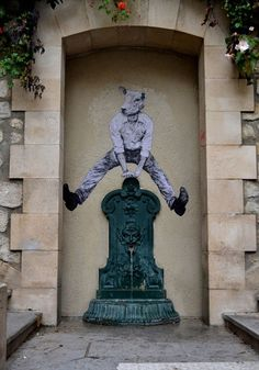 Surreal Street Art - Telegraph