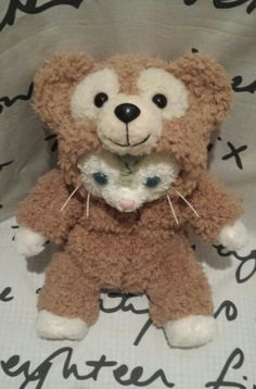 Duffy the Disney Bear costume for Gelatoni (the cat) to masquerade as his bear friend! ジェラトーニ コスチューム ダッフィー 風 着ぐるみ _画像1