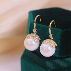 Elegant Simulated Pearl Jewelry Luxury Cubic Zircon Drop Dangle Earrings Fashion Earrings, Women's Earrings, Wedding Jewellery Gifts, Shape Patterns, Pearl Jewelry, Pearl White, Types Of Metal, Dangles, Pearls